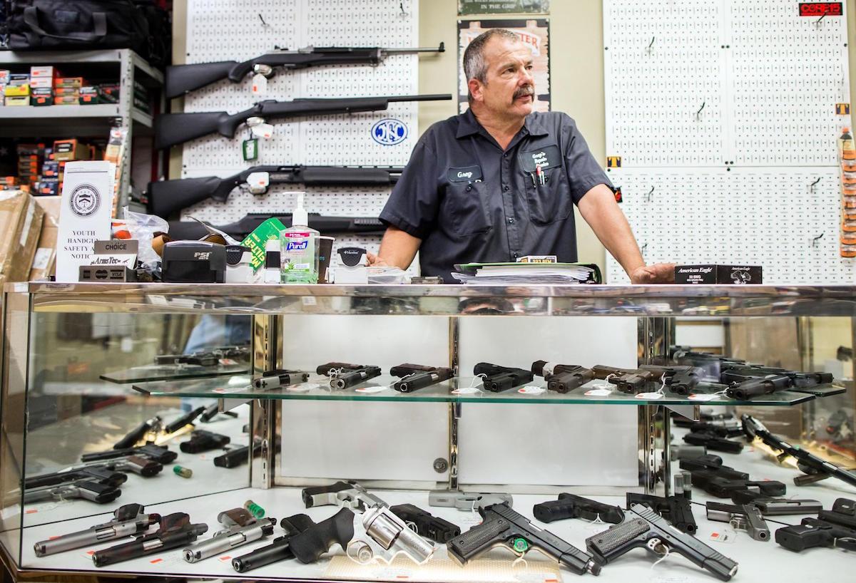 massachusetts gun ban