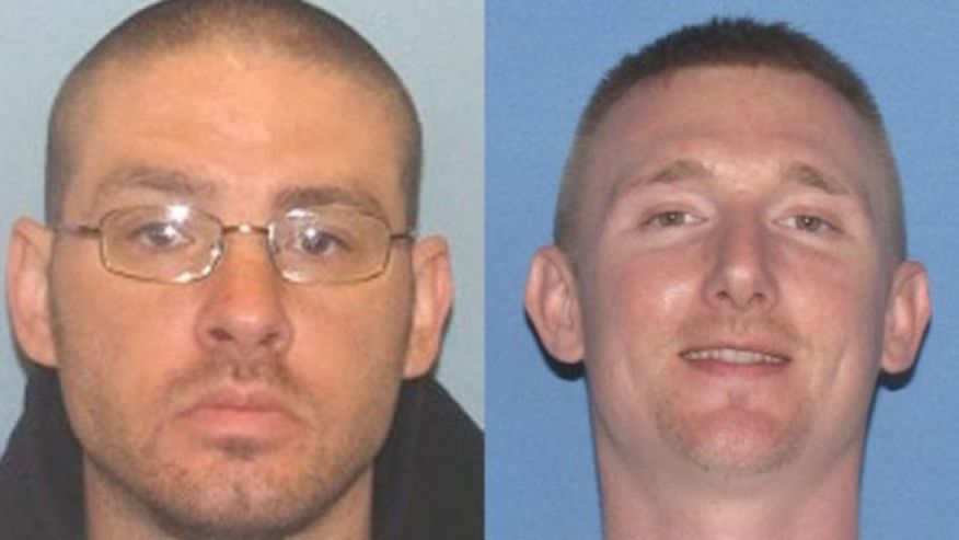 James Nelson II, left, and Jesse Hanes, right, were arrested for the shooting death of the New Mexico officer and are also wanted in connection with the death of an Ohio man. (Photo: Ross County, Ohio Sheriff's Office)