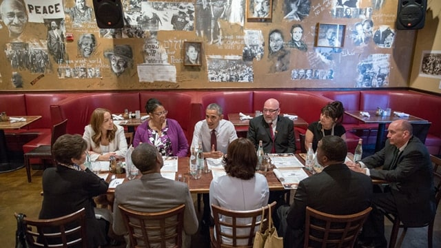 President Obama meets for lunch with formerly incarcerated individuals who have received commutations, at Busboys and Poets in Washington, D.C., March 30, 2016. (Photo: White House/Pete Souza)
