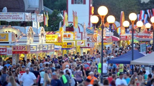 Iowa State Fair to remain free of lawfully carried guns, for now