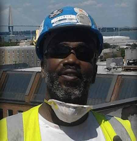 Chadwick Garrett, 45, was shot to death after helping two teens in need. (Photo: Facebook)