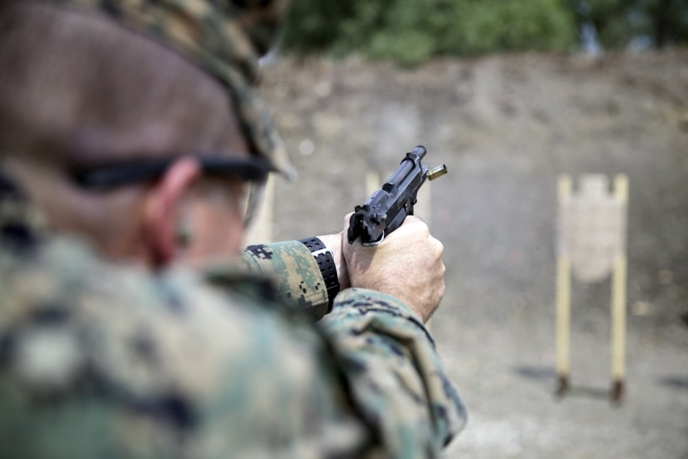 instructor-zero-surfaces-with-u-s-marines-in-italy-video2