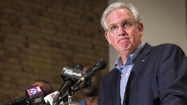 Gov. Jay Nixon's record as the most overridden governor in Missouri history may grow this week as lawmakers take a look at his veto on a popular gun rights bill. (Photo: Lucas Jackson / Reuters)