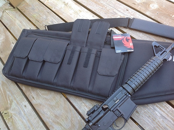 plenty_of_deep_mag_pouches_and_storage_on_the_allen_ruger_single_rifle_case