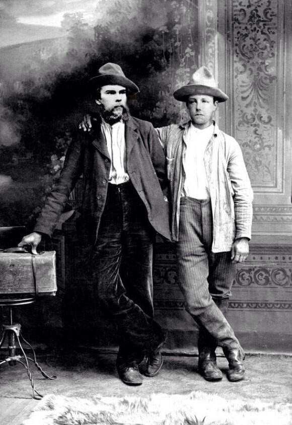 Verlaine, left, and Rimbaud, right. (Photo: Twitter)