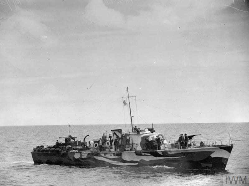 Motor Launch ML 188 dazzle painted and on patrol duty in fleet anchorage. Photo: IWM.