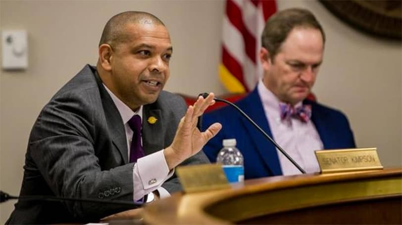 South Carolina State Sen. Marlon Kimpson, D-Charleston, speaking at a gun issues special committee hearing in Columbia on Oct. 27, 2016 (Photo: Jeff Blake/The State)
