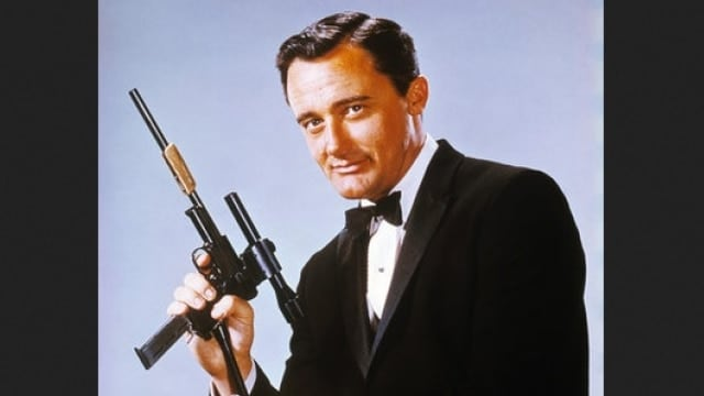 Robert Vaughn, shown here as Solo from 1960's The Man from U.N.C.L.E series, complete with a gently modded Mauser 1934 pistol.