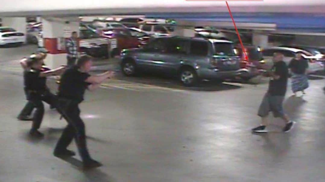 Reno police officers shoot Arthur Richardson Jr. after he displays a gun (Photo: Christopher Hicks)