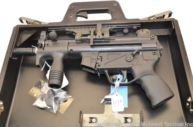 The HK Operational Briefcase is configured to accept either the MP5K or SP89. Guns are not included in the Gunbroker.com auction. (Photo: Gunbroker.com)