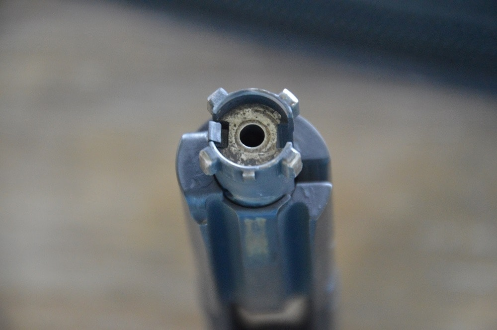 Yup, that is a four-lug rotating bolt