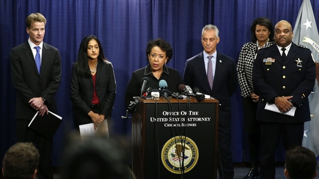 Attorney General Loretta Lynch, center, and Chicago Mayor Rahm Emanuel, to her right, announced a scathing Justice Department report on Chicago Police Department. (Photo: Justice Department)