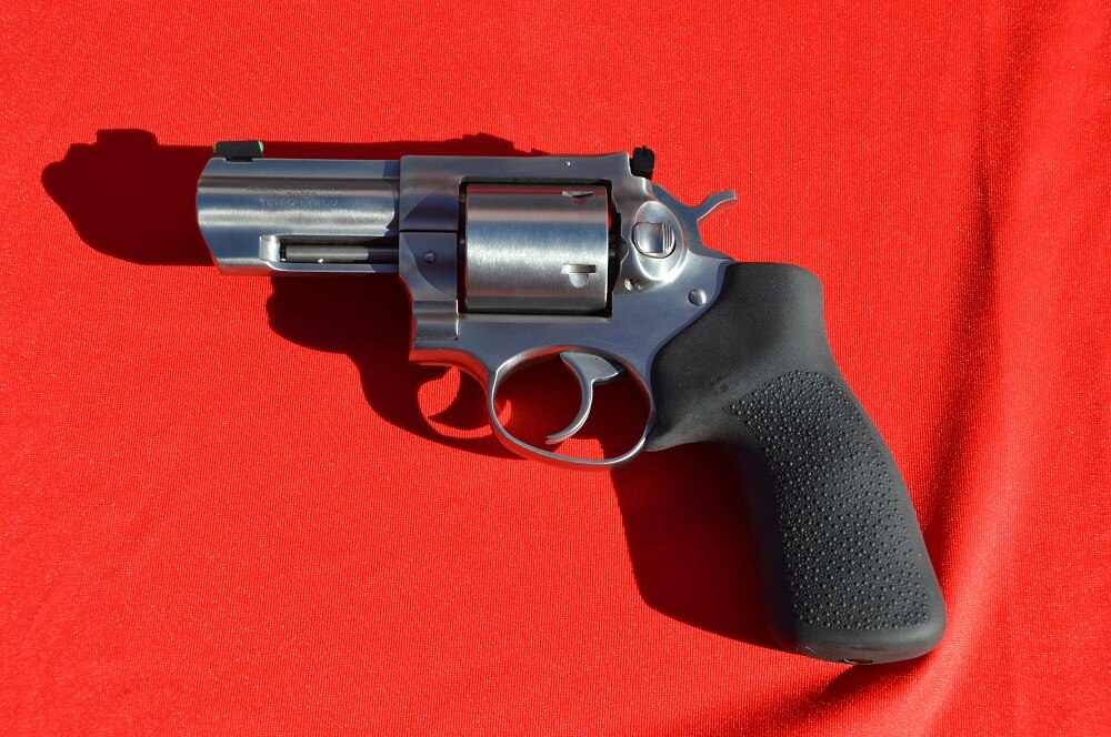 Featuring a smooth Hogue Monogrip without finger grooves to help tame recoil, the gun is billed as being comfortable with either cowboy loads or higher velocity defensive loads.