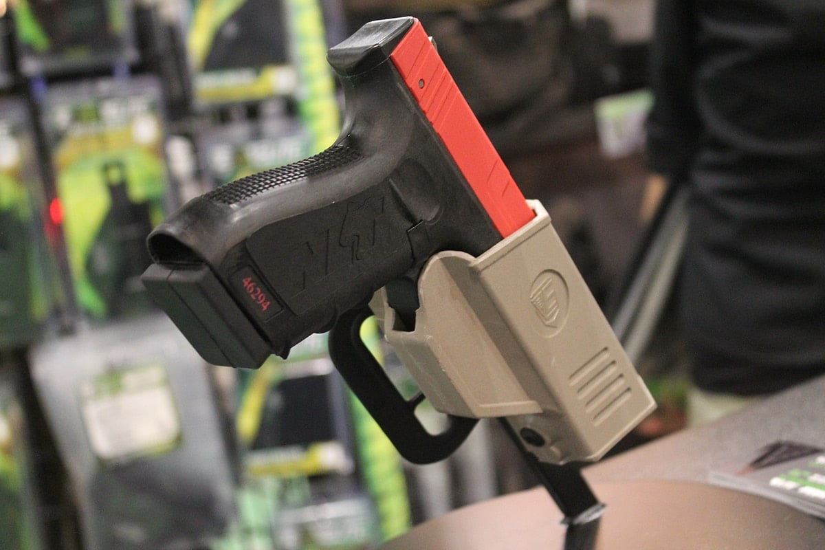 Elite Survival Systems' CR Secure Auto-Locking kydex rig with SIRT gun.(Photo: Jacki Billings)
