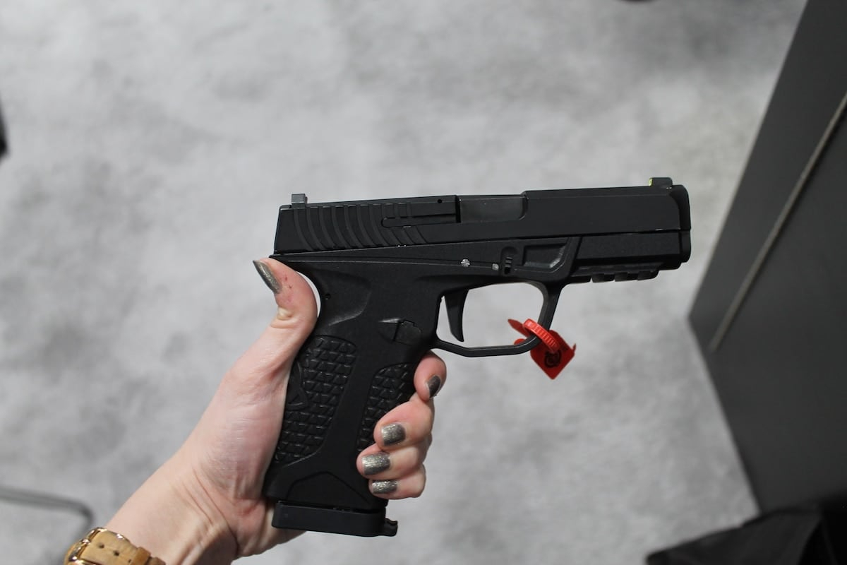 Avidity Arms PD10 features a highly engineered grip that accommodates smaller and larger hands. (Photo: Jacki Billings)
