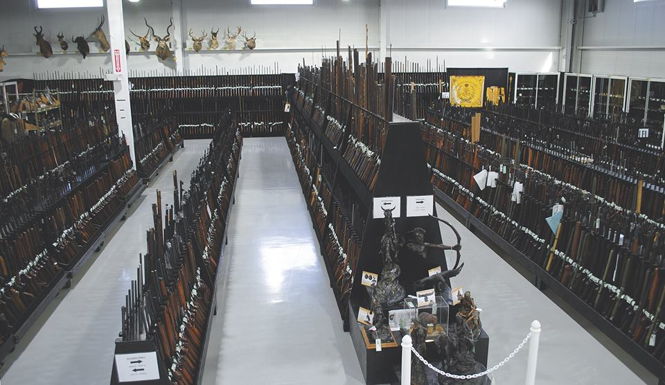Want to know what 10,000 guns look like (PHOTOS) 2