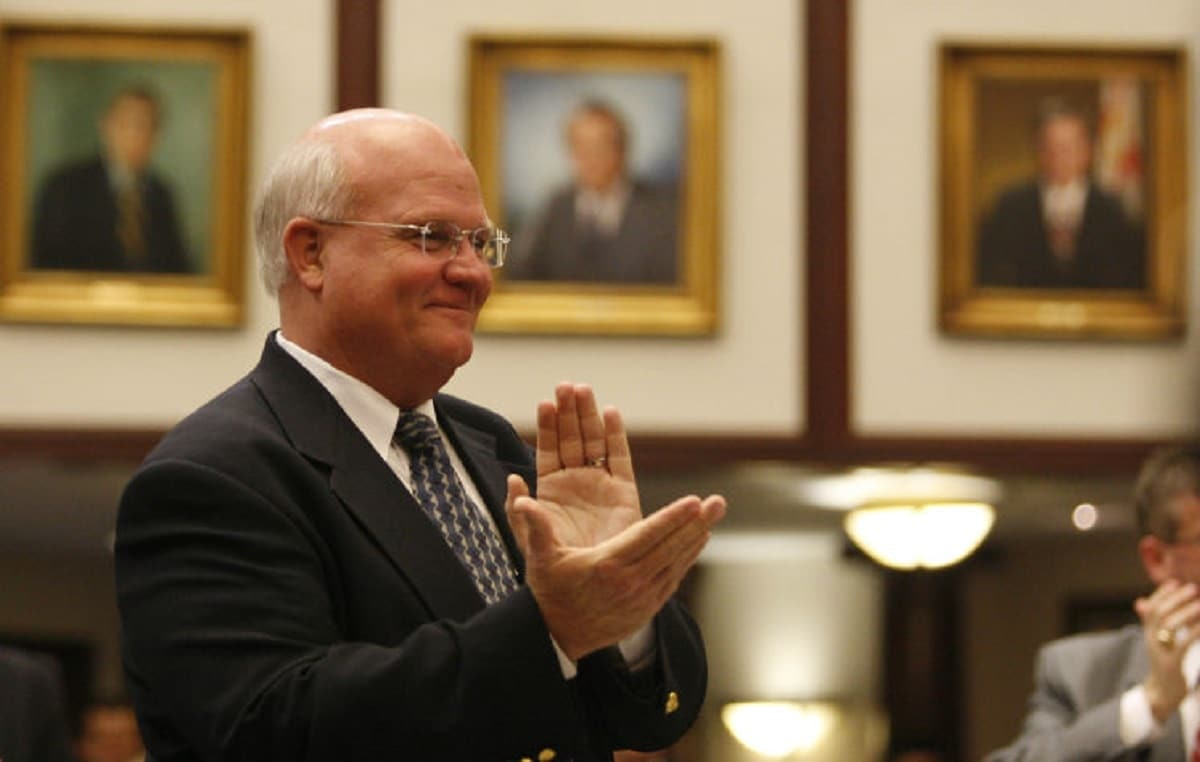 Sen. Dennis Baxley has proposed legislation that would eliminate many gun-free zones in the state (Photo: Tampa Bay Times)