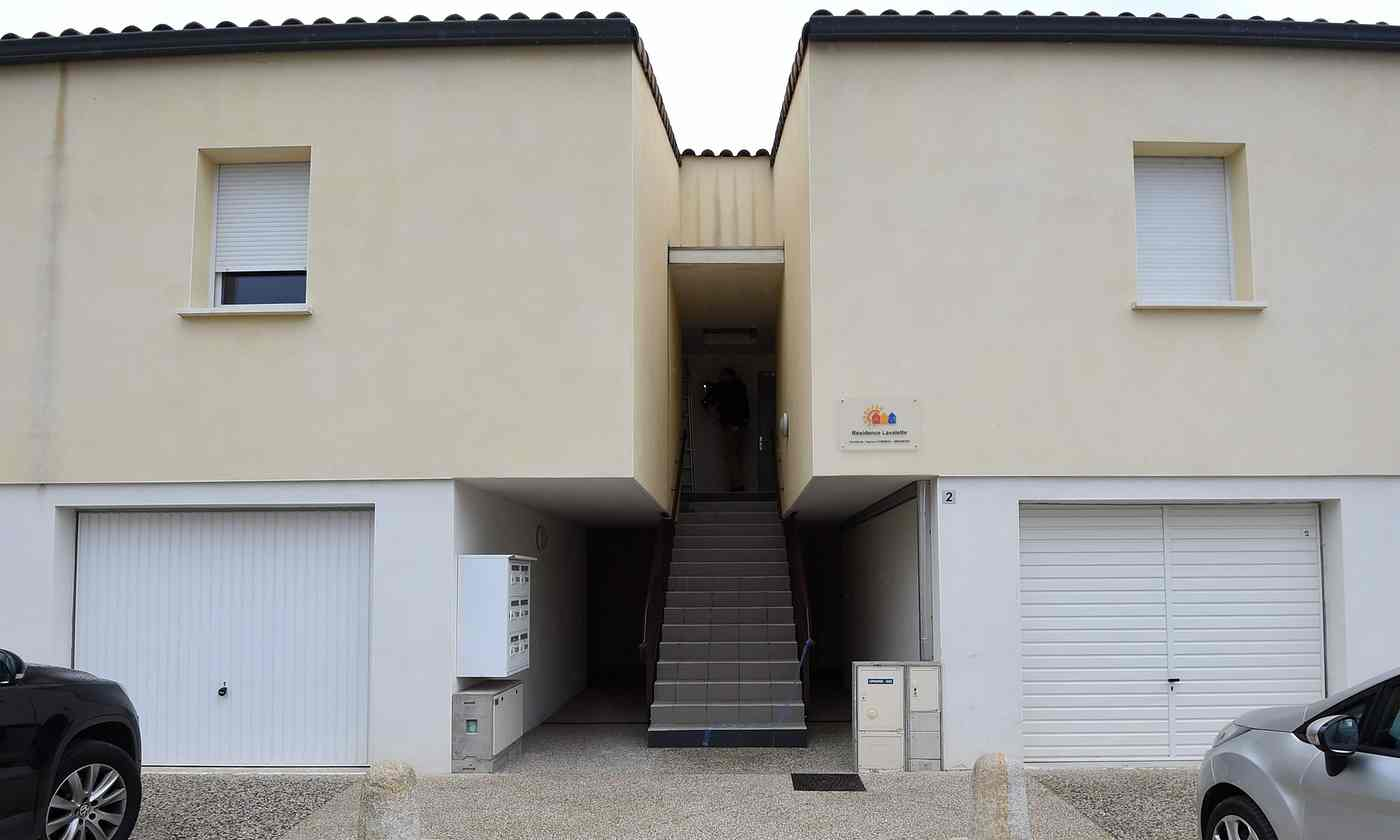 Apartment building where suspects were arrested near Montpellier, France (Photo: Getty Images)