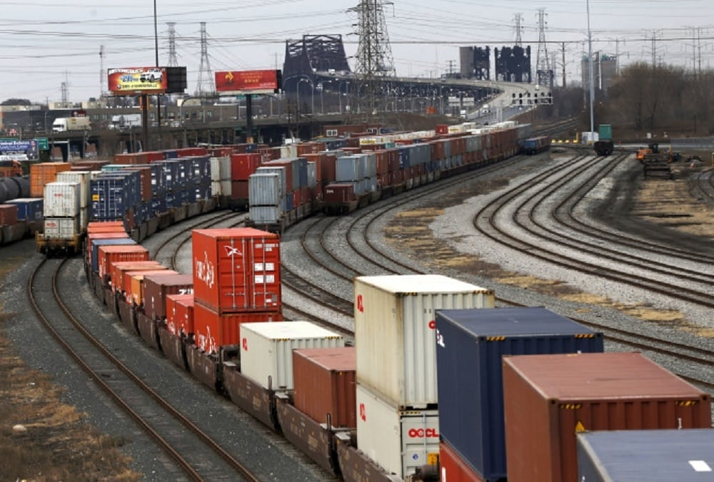 Three major gun thefts have occurred at a south side Chicago rail yard (Photo: AP)