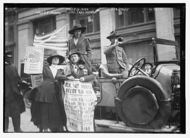 recruiting soldiers for World War I in New York City