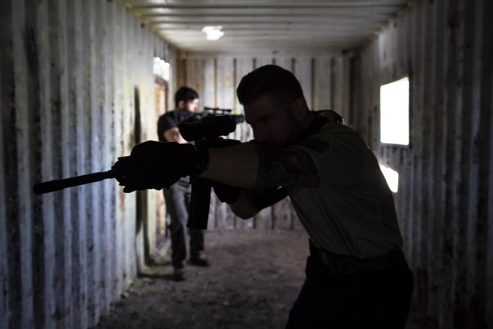 A shooter using the Barrage riflescope to clear an area. (Photo: Firefield)