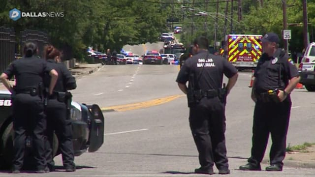 Dallas shooting police on scene