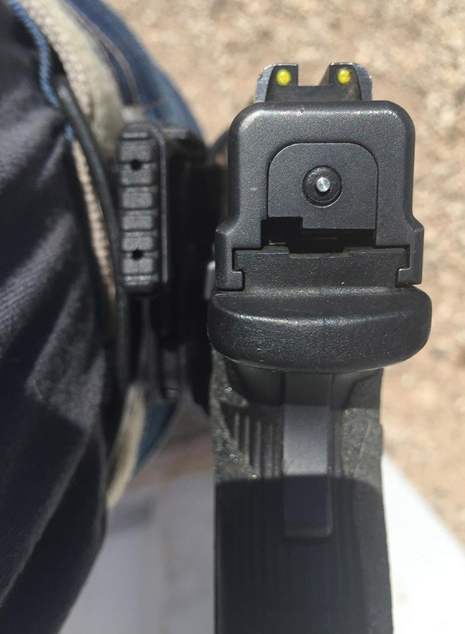 View_of_standard_thumb_release_with_an_XD_in_the_holster..JPG