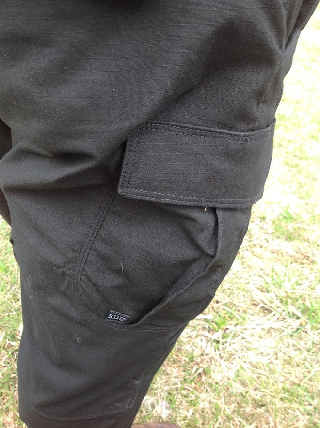 cargo_pocket_detail_and_stitching.JPG
