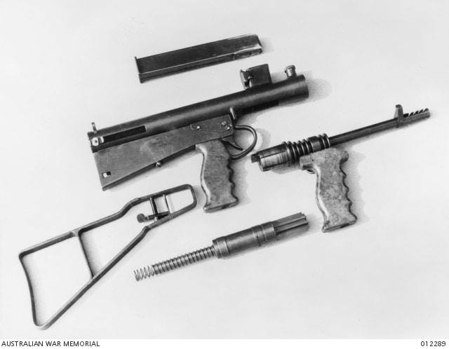 The Owen was assembled in a number of basic subcomponents, attached with Enfield bayonet catches, which were already in the supply pipeline