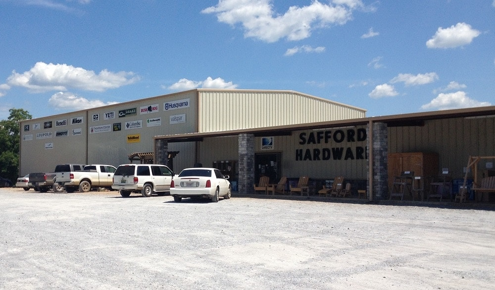 Safford Hardware and Tire in Safford, Alabama. (Photo: Pinterest)