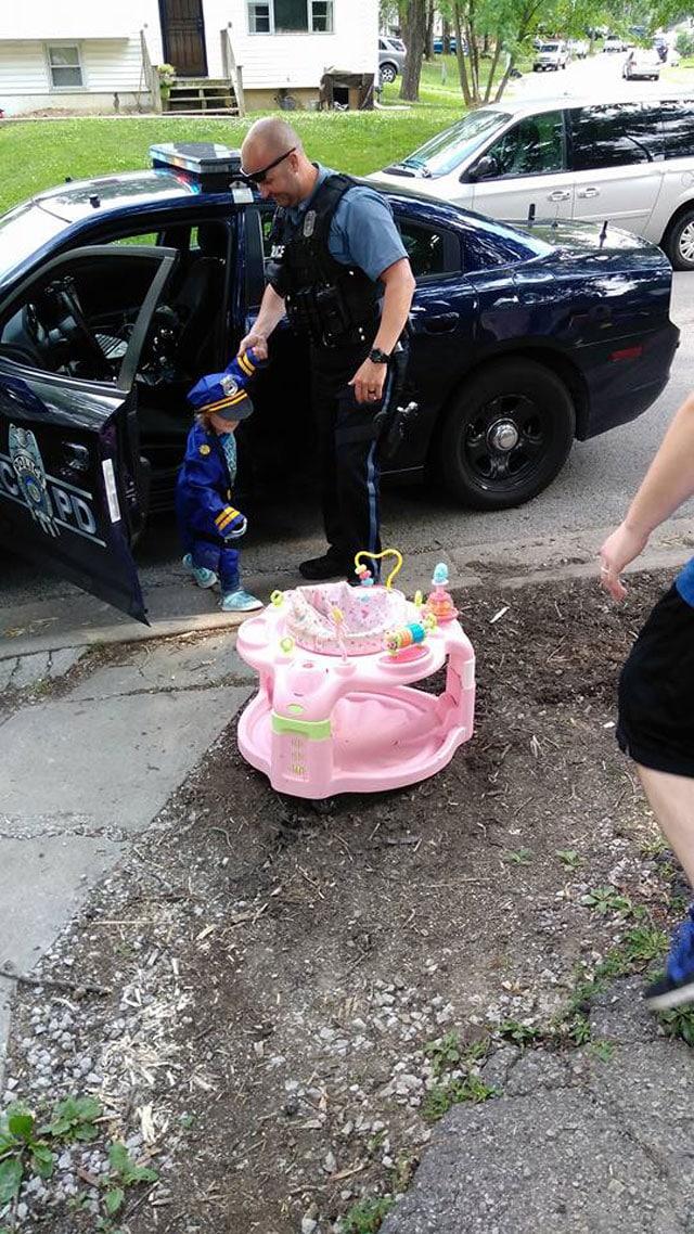 police lemonade stand