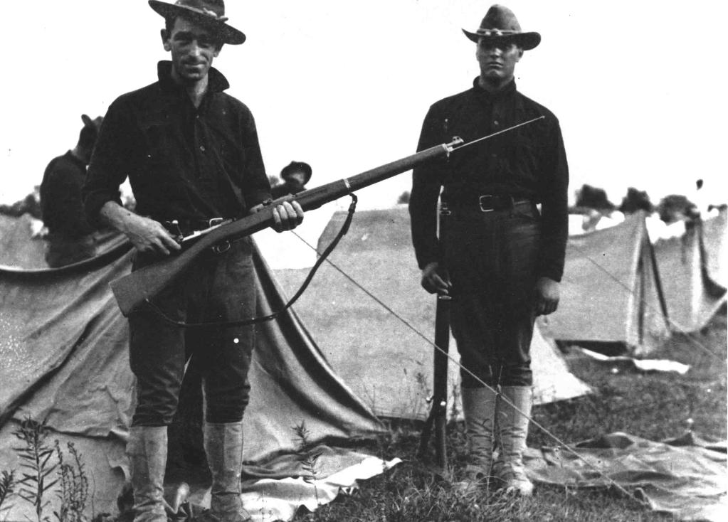 Troops with an early M1903 and the controversial rod bayonet