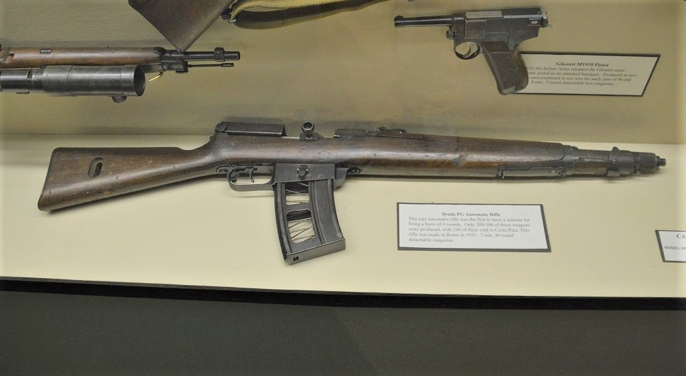The weird looking rifle on the bottom that looks like an SVT-38/40 only looks like an SVT-38/40. It is an Italian Breda PG rifle made in Rome in 1935. Just 300 were made.