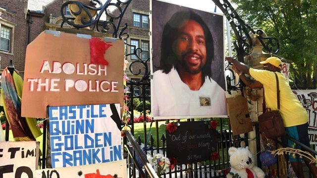 Signs reacting to the shooting death of Philando Castile by a police officer. (Photo: Associated Press)