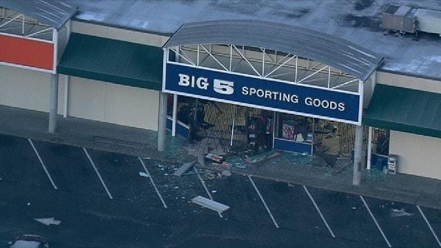 Big 5 Sporting Goods in Burien, Washington. (Photo: KOMO)