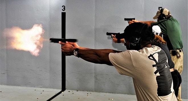The Benefits & Drawbacks of a Glock 40 pistol :: Reviews ::: Guns com