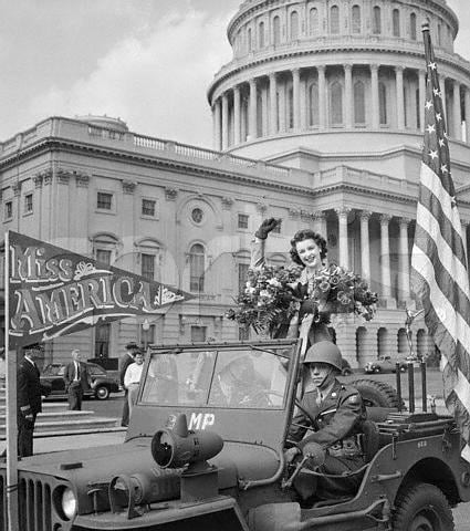 Ramey campaigning for war bonds at an event in front of the Capitol