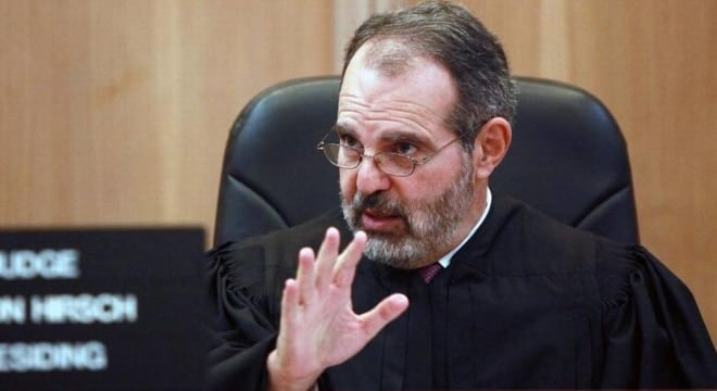 Judge Milton Hirsch of Florida's 11th Judical Circuit found lawmakers violated the separation of powers doctrine in the state constitution and that it was the job of the Florida Supreme Court to set procedural policy on how hearings are conducted. (Photo: Roberto Koltun/Miami Herald)