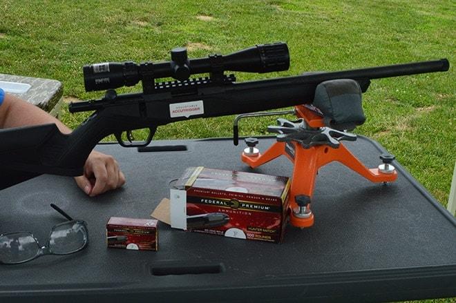Hunter_Match_and_Savage_s_B22_bolt_action_rifle