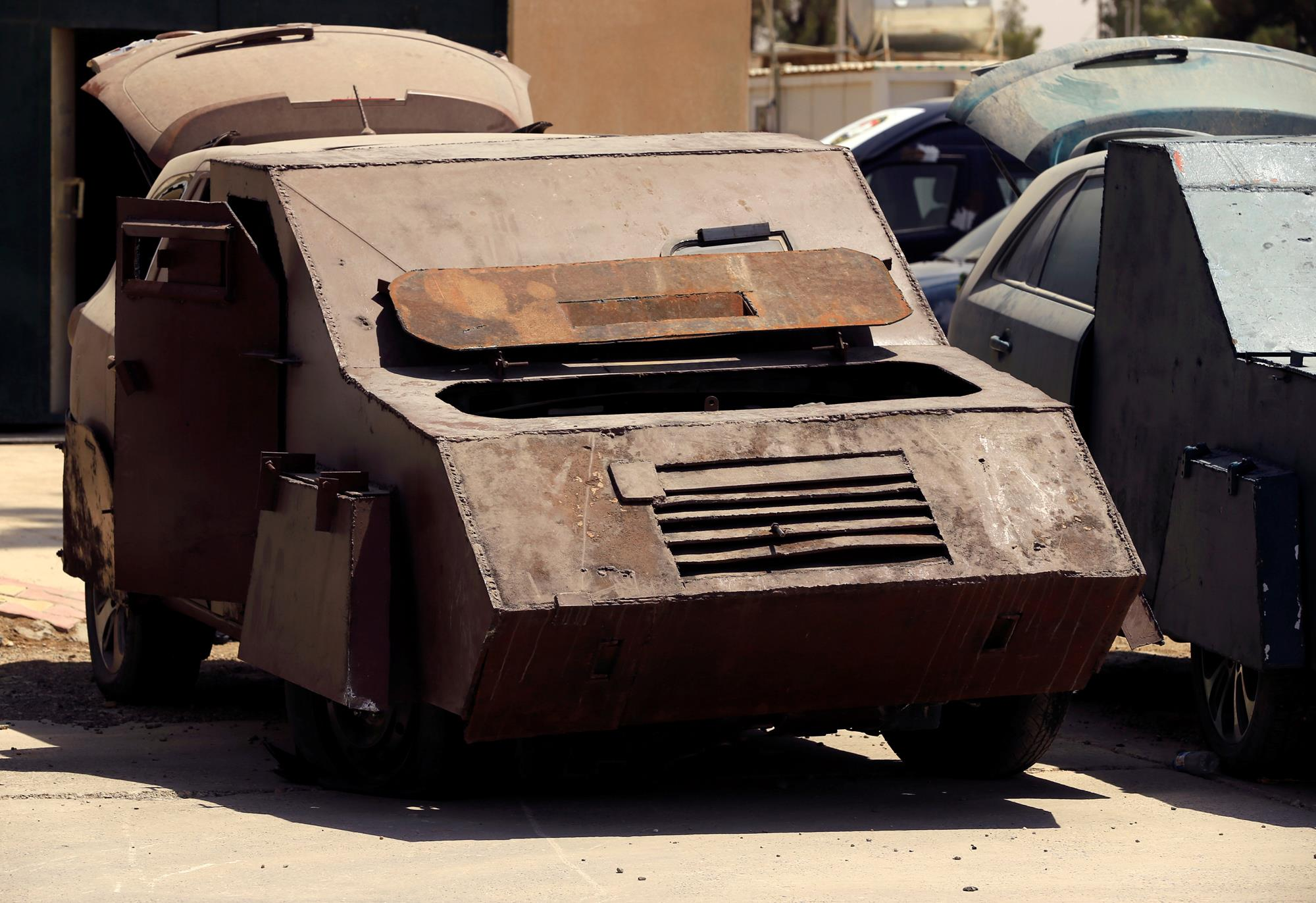 Mad Max Mosul edition U.S. backed Iraqi forces discover a fleet of improv armored vehicles 8