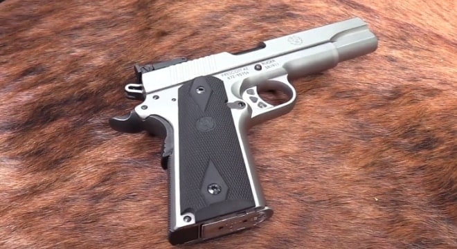 Working with Ruger's new stainless 10mm Auto SR1911 (VIDEO)