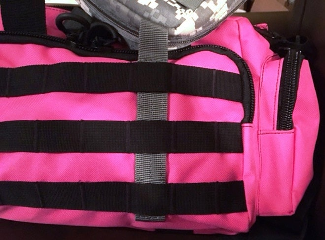 Adding_products_to_the_MOLLE_reminds_us_of_another_reason_to_want_more_colors--pink_doesn_t_go_with_most_range_items.