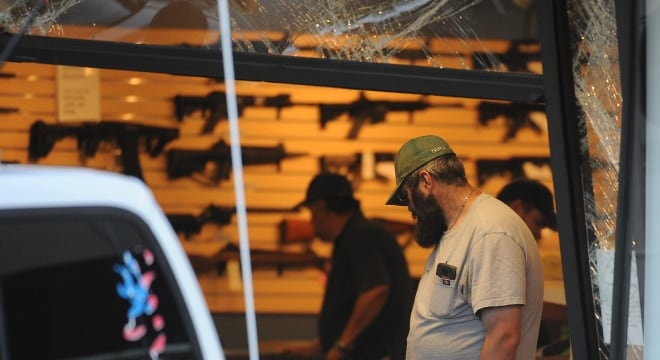 Proposals by Calfornia lawmakers would mandate more security to prevent gun theft such as in smash-and-grab burglaries such as this one at involving a Jeep Cherokee that plowed through the front entrance of a Colorado store in May. (Photo: Steve Nehf/The Denver Post)