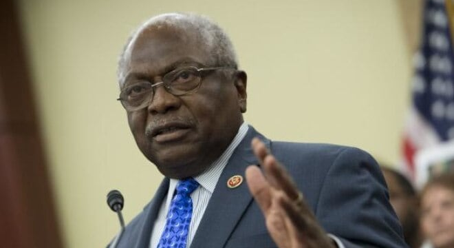 Rep. James Clyburn, D-S.C., wants to make sure no firearm leaves an FFL without the recipient completing a federal background check. (Photo: Kevin Dietsch/UP)