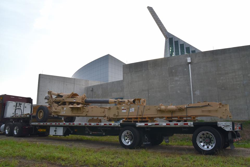 The howitzer arrived from Barstow, California at the Museum this week (Photos: National Marine Corps Museum)