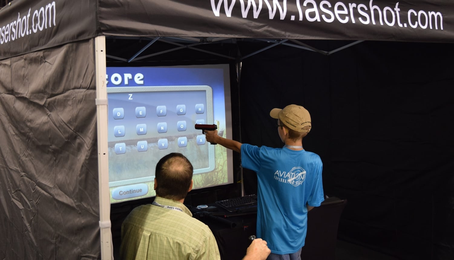 At least one person was left-handed at the expo. (Photo: Daniel Terrill/Guns.com)