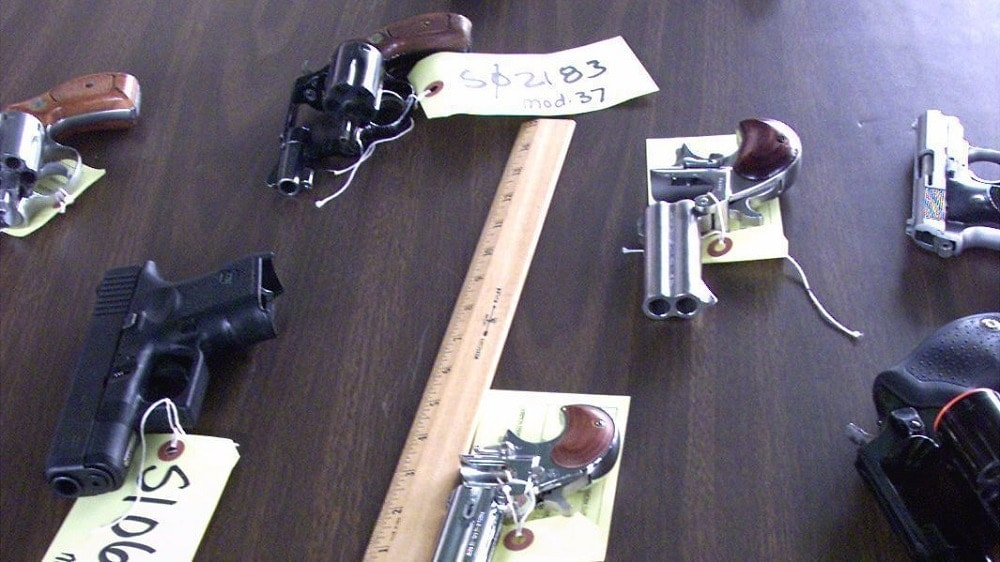 """The Los Angeles City Council is considering repealing the ban on """"ultra-compact"""" guns. (Photo: L.A. Times)"""