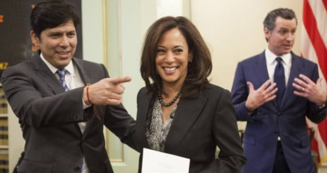 California Senate President Pro Tem Kevin de Leon, far left, is a champion of gun control measures and aims to join former California Attorney General Kamala Harris, center, in the U.S. Senate next year (Photo: Max Whittaker/Reuters)