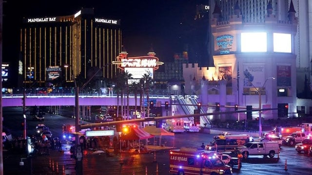 Las Vegas Metro Police and medical workers stage in the intersection of Tropicana Avenue and Las Vegas Boulevard South after a mass shooting at a music festival on the Las Vegas Strip in Las Vegas, Nevada, U.S. October 1, 2017. (Photo: Reuters)