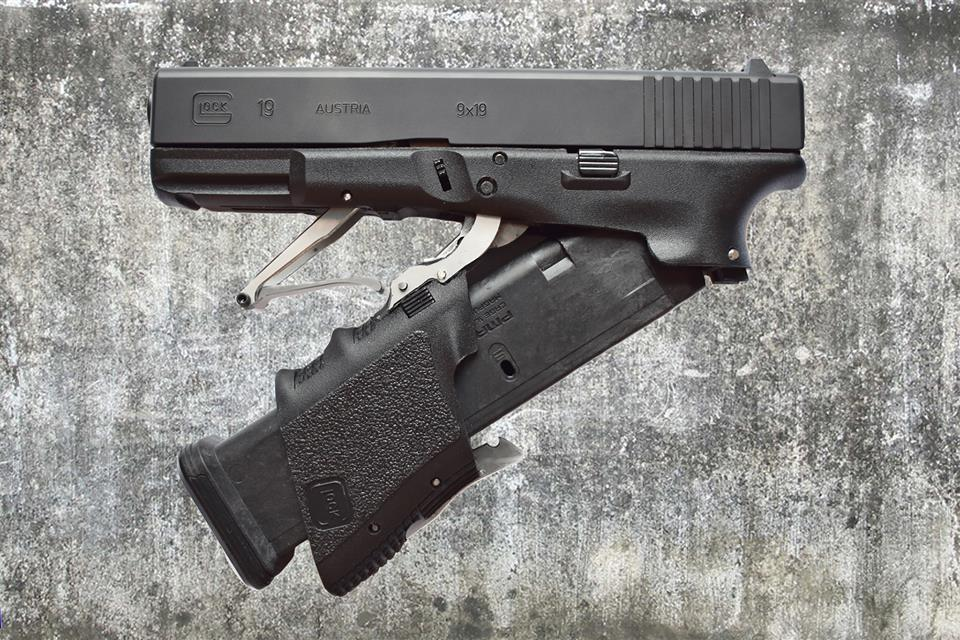 Full Conceal now shipping their M3 foldable Glock 19 (VIDEO) 2